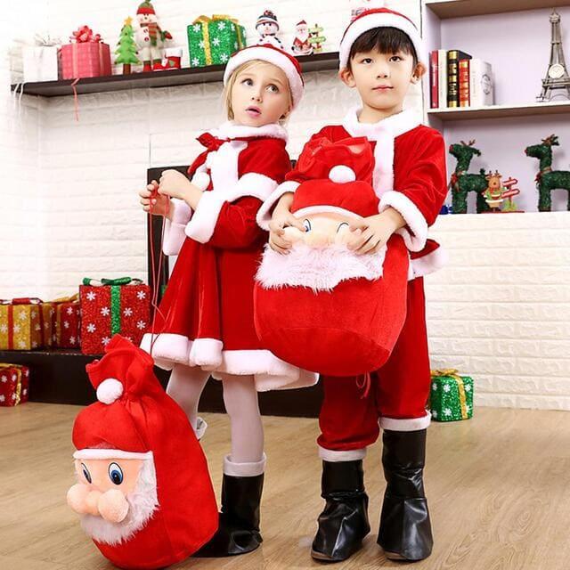 Trang phục Noel là quà giáng sinh cho bé